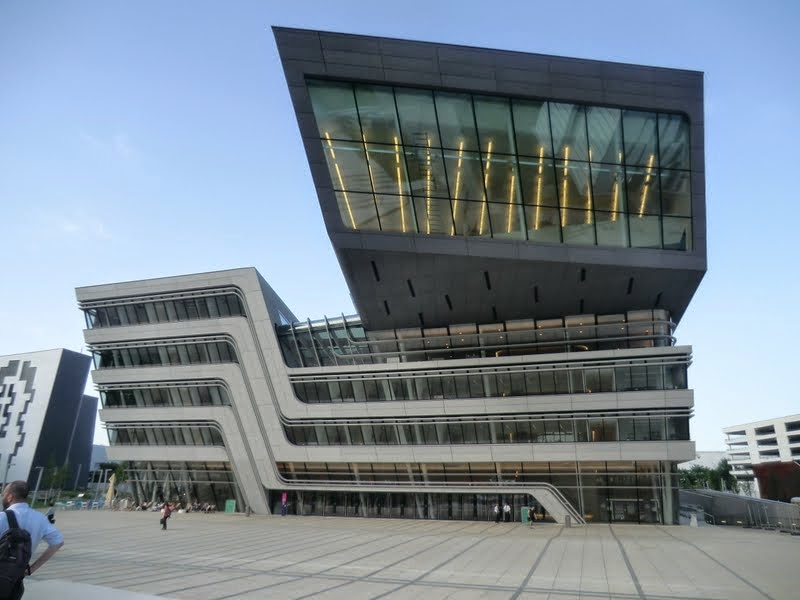 brilliant modern architecture vienna building in e to inspiration - Modern Architecture Vienna